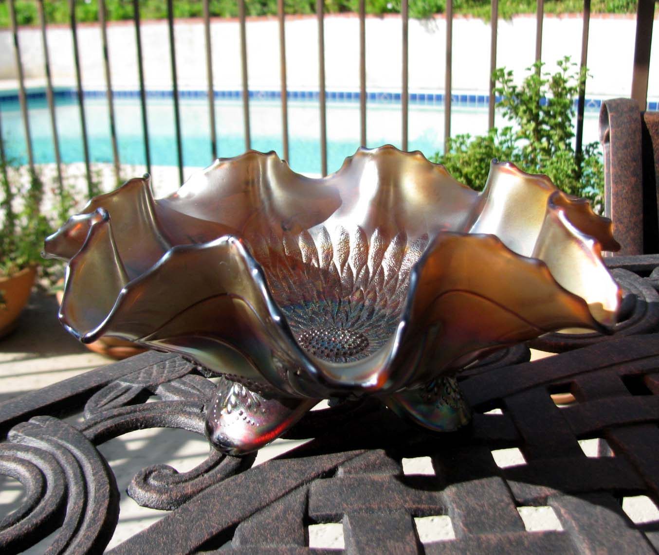Northwood Sunflower Meander Amethyst Carnival Glass Ruffled Bowl Circa